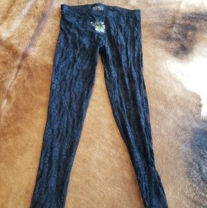NWT lace leggings